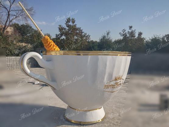 ماکت لیوان