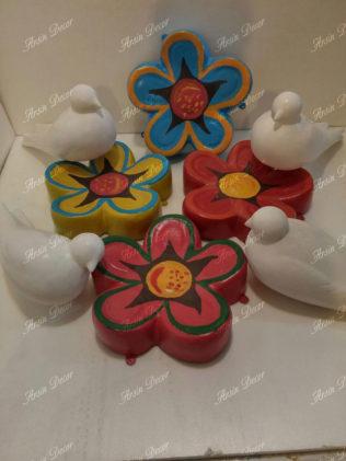ماکت گل، کبوتر و کفشدوزک