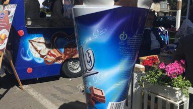 دکوراسیون بستنی فروشی